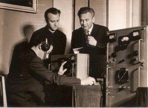 На респульиканской радиовыставке. Показ по ТВ, Экспонат выставки Р/ст Кобзева В. UW4HZ/